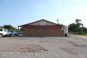 818 2nd St E, Clarendon, TX 79226