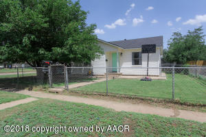 1101 3RD AVE, Canyon, TX 79015