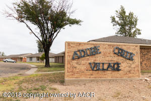 2 Adobe Trl, Borger, TX 79007