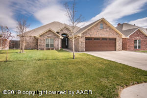 32 Griffin Dr, Canyon, TX 79015