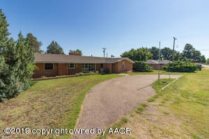 910 W 2ND STREET, Claude, TX 79019