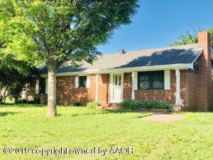1201 S Main St, Stinnett, TX 79083