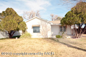 204 NW 4th ST, Happy, TX 79042