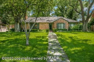 Photo for MLS Id 20200501183018491532000000 located at 2409 LIPSCOMB