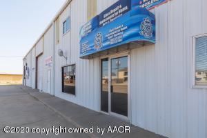 1707 S Bliss Ave, Dumas, TX 79029