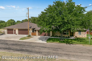 Photo for MLS Id 20200902195959161884000000 located at 141 BAYSHORE