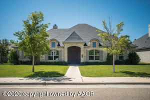 Photo for MLS Id 20201001192932974505000000 located at 7907 OAKVIEW