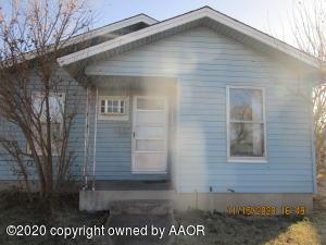 917 Elmore St, Borger, TX 79007