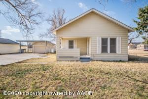 805 Franklin Ave, Panhandle, TX 79068