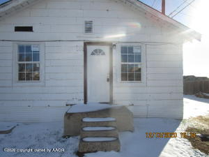 309 W 8th St, Borger, TX 79007