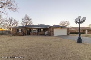 310 Coronado St, Fritch, TX 79036