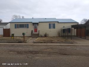 202 Butadieno St, Borger, TX 79007