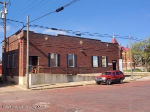 115 W 3rd St, Clarendon, TX 79226