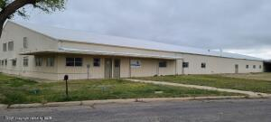 800 E Kingsmill Ave, Pampa, TX 79065