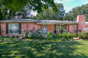Photo for MLS Id 20210621231824771280000000 located at 2602 TRAVIS