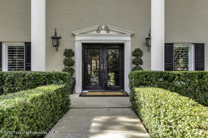Photo for MLS Id 20211002142327952400000000 located at 7228 VERSAILLES