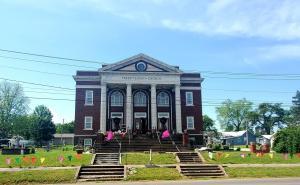 502 W Main Street, Perry, MO 63462