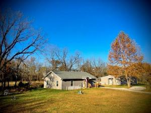 2 Homes on 5 Acres!