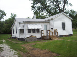 633 N AULT Street, Moberly, MO 65270