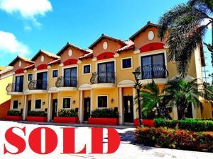 Residential-Casa En Alquileren Noord, Noord, Aruba, AW RAH: 17-42