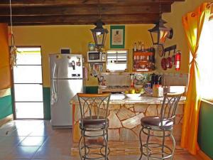 Residential-Casa En Alquileren Noord, Noord, Aruba, AW RAH: 18-24