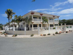 Residential-Casa En Alquileren Noord, Noord, Aruba, AW RAH: 18-18