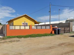 Residential-Casa En Ventaen Noord, Noord, Aruba, AW RAH: 18-26