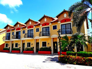 Residential-Casa En Ventaen Noord, Noord, Aruba, AW RAH: 18-55