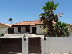 Residential-Casa En Alquileren Noord, Noord, Aruba, AW RAH: 18-57