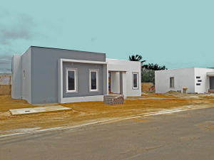 Residential-Casa En Ventaen Oranjestad, Oranjestad, Aruba, AW RAH: 18-62