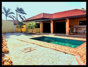 Residential-Casa En Ventaen Noord, Noord, Aruba, AW RAH: 19-4