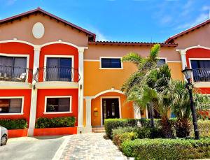 Residential-Casa En Ventaen Noord, Noord, Aruba, AW RAH: 19-45