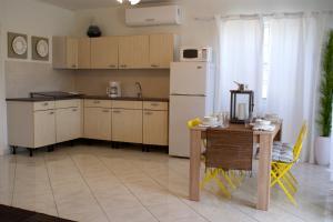 Residential-Casa En Alquileren Noord, Noord, Aruba, AW RAH: 20-20