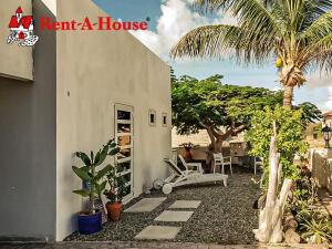 Residential-Casa En Alquileren Noord, Noord, Aruba, AW RAH: 21-39