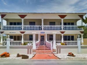 Residential-Casa En Alquileren Noord, Noord, Aruba, AW RAH: 22-5