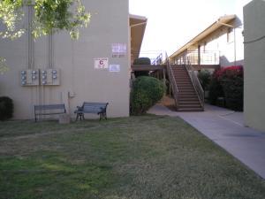825 N HAYDEN Road, C108, Scottsdale, AZ 85257