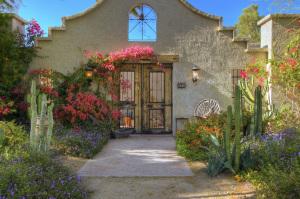 4900 E ARROYO VERDE Drive, Paradise Valley, AZ 85253