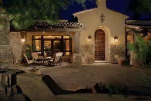 4401 N Jokake Drive, Scottsdale, AZ 85251
