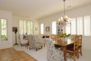 Living Room.Dinning Room