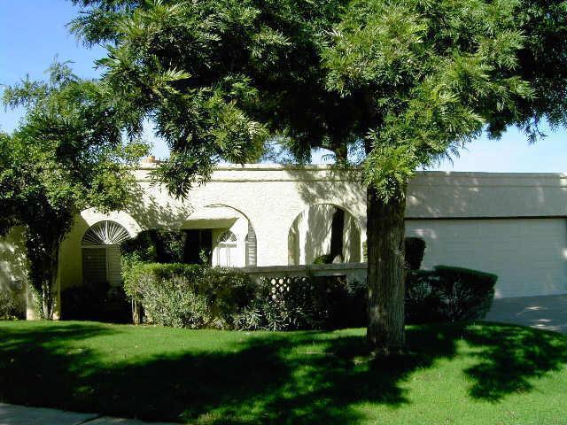 Photo of 8320 E SAN BERNARDO Drive, Scottsdale, AZ 85258