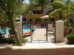 11375 E SAHUARO Drive, 1051, Scottsdale, AZ 85259