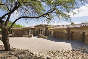 7433 N 62nd Street, Paradise Valley, AZ 85253
