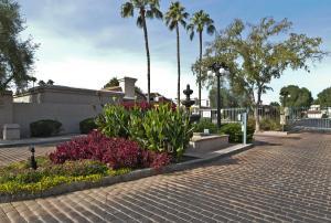 Beautiful gated community of La Jolla Blanca