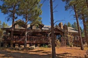 9722 Forest Road, Lakeside, AZ 85929