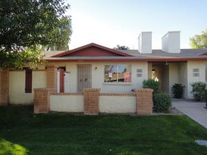833 W LAGUNA Drive, Tempe, AZ 85282