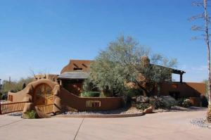 9738 E PINNACLE PEAK Road, Scottsdale, AZ 85255