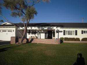 4160 E Medlock Drive, Phoenix, AZ 85018