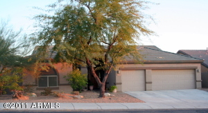 Easy to maintain desert front yard landscaping.