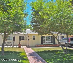 4211 E CHEERY LYNN Road, Phoenix, AZ 85018