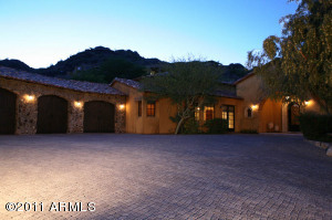 7302 N Red Ledge Drive, Paradise Valley, AZ 85253
